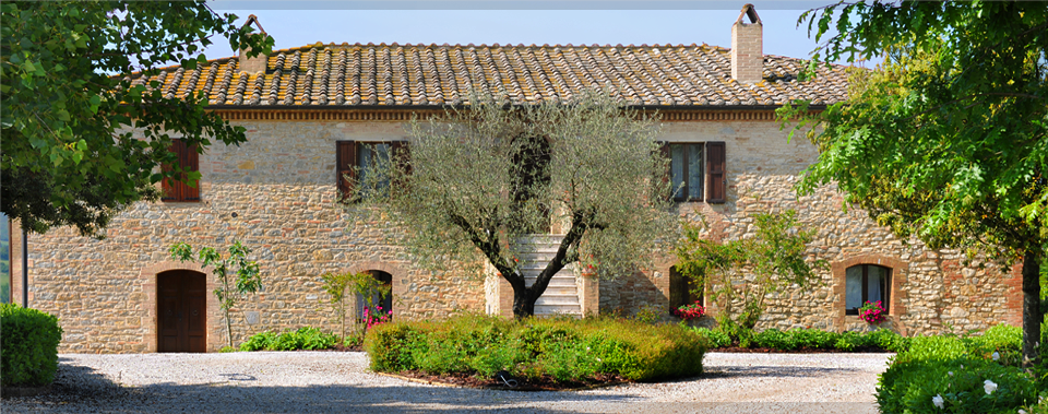 Benvenuti to Casali di Bibbiano Villa and Winery! Tuscany… perfected.
